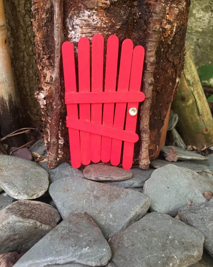 Lollipop stick fairy elf doors international elf service for Make fairy door craft